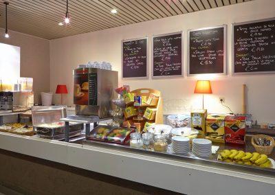 zeer uitgebreid ontbijtbuffet in Hotel Vivaldi te Westerlo voor slechts 14 € per persoon